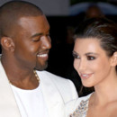 Kanye West : en tourne avec Kim Kardashian et leur bb ?