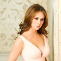 Ghost Whisperer : Jennifer Love Hewitt toujours parfaite sur les plateaux de tournage