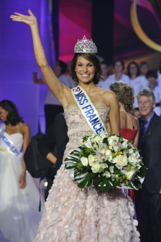 http://s.plurielles.fr/mmdia/i/55/6/miss-france-2011-20-preview-10360556bypjf_1933.jpg