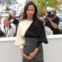 Zo Saldana en Ungaro lors du Festival de Cannes 2013