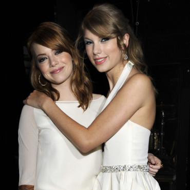 Emma Stone et Taylor Swift en backstage des Teen Choice Awards 2011 à Los Angeles