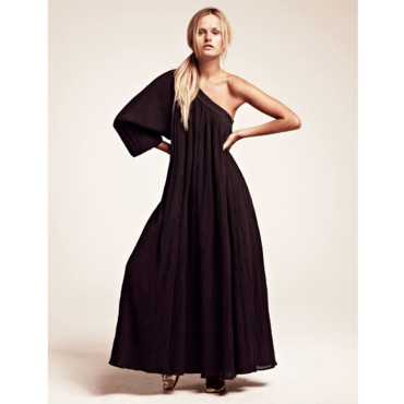 La robe longue one shoulder Laurence Doligé