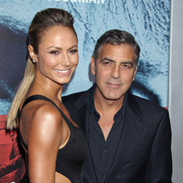 "Stacy Keibler, George Clooney, à l'avant-première Warner Bros du film ""ARGO"" au Goldwyn Theater à Beverly Hills, Ca, USA, le 4 octobre 2012"