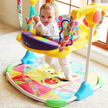 Exersaucer Versus Jumperoo Vs Jumper – Which One Is Best For Your Baby?