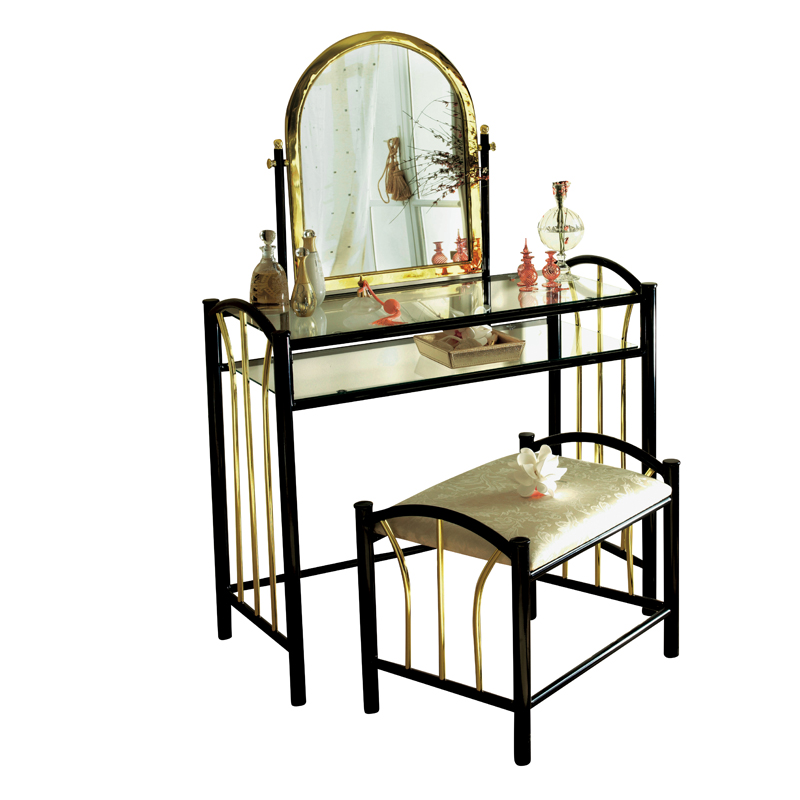 la maison de valerie meuble buffet en carton pour chambre ou salon missions de tl du0026co sur. Black Bedroom Furniture Sets. Home Design Ideas