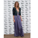 Rosie Huntington-Whiteley en robe patchwork