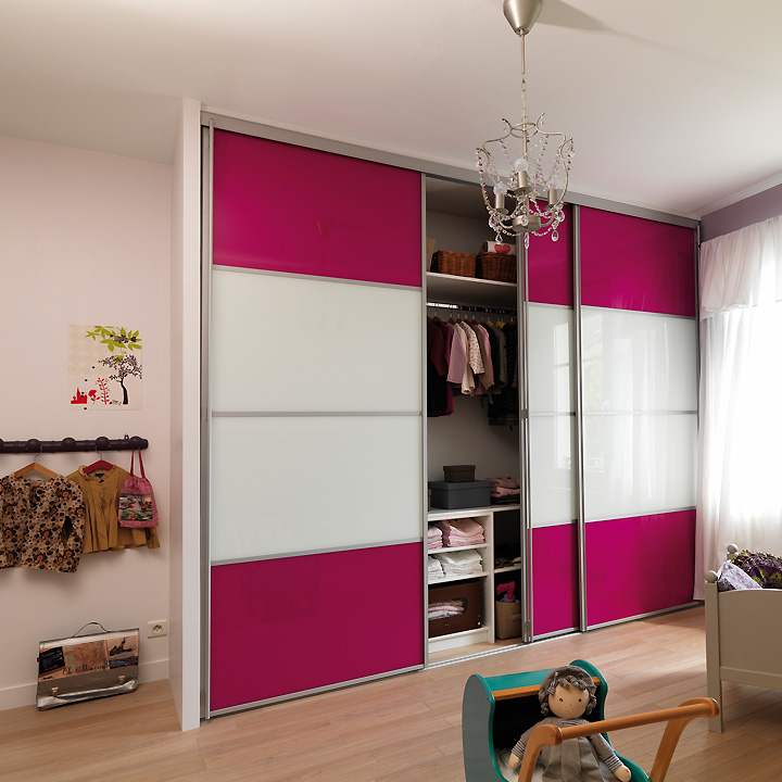 chambre d 39 enfant 5 astuces pour optimiser le rangement. Black Bedroom Furniture Sets. Home Design Ideas