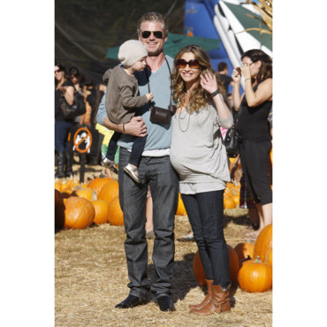 Eric Dane et Rebecca Gayheart (Grey's Anatomy) avec leur fille billie beatrice octobre 2011