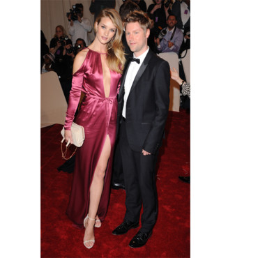 Rosie Huntington-Whiteley et Christopher Bailey