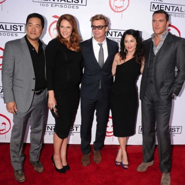 Simon Baker fête le 100e épisode de The Mentalist, à Los Angeles, le 13 octobre 2012