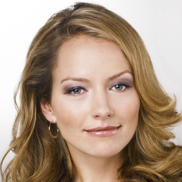 people : Becki Newton
