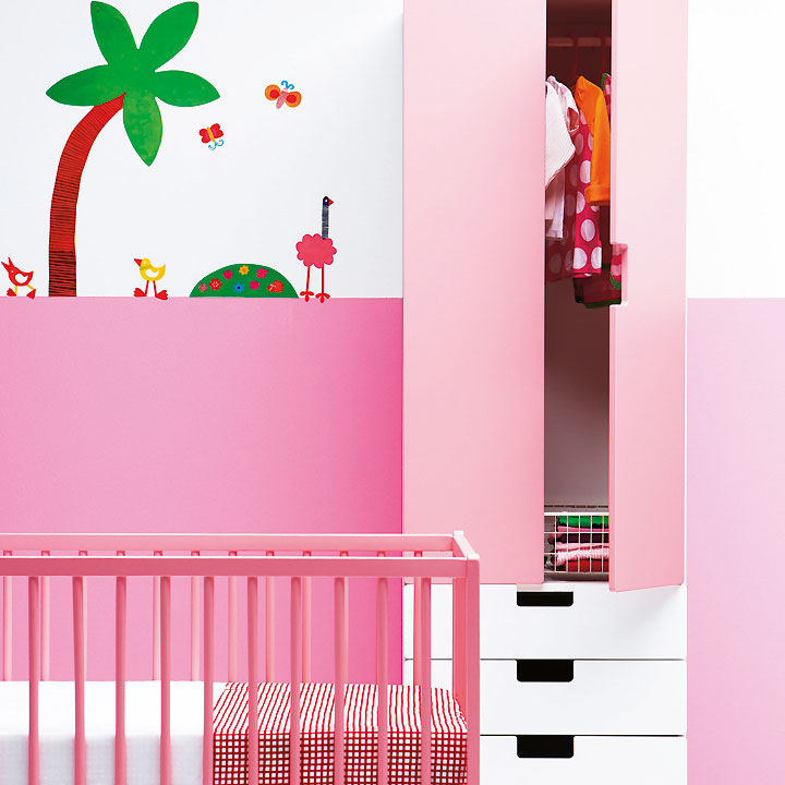 nouveaut s ikea les chambres d 39 enfants l 39 honneur meuble stuva rose ikea d co. Black Bedroom Furniture Sets. Home Design Ideas