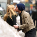 Gwyneth Paltrow et Chris Martin qui s'embrassent le 21 février 2003 à New York