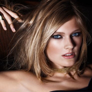 Maquillage 2010 Estée Lauder Pure Color Night avec Constance Jablonski