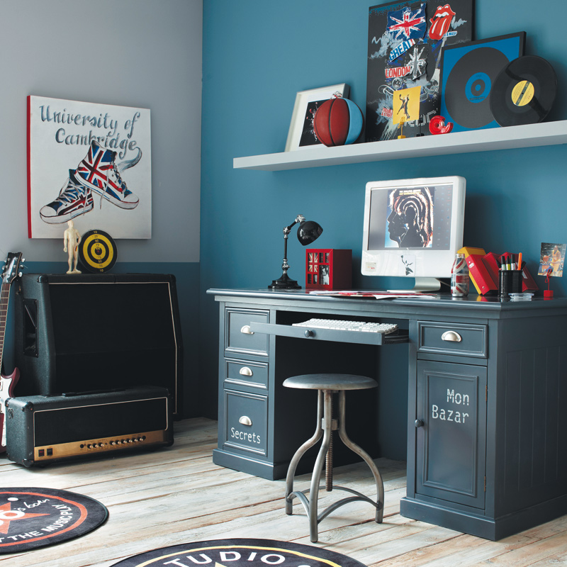 nouveaut s 2011 2012 c 39 est la rentr e chez maisons du monde bureau newport gris d co. Black Bedroom Furniture Sets. Home Design Ideas