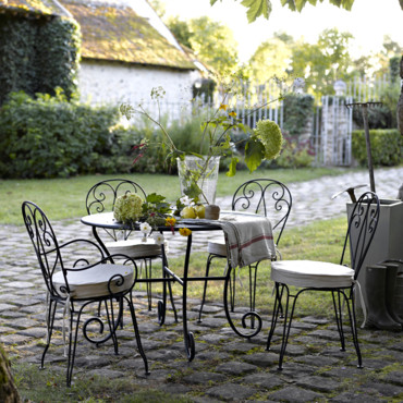 Am pm de nouvelles ambiances d co printemps t for Liquidation meuble de jardin laval