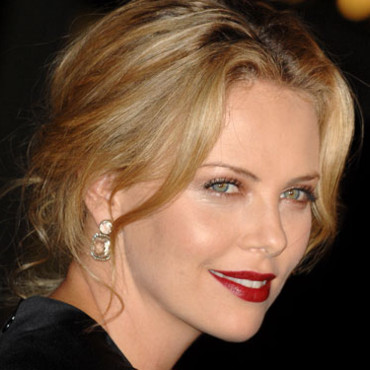 Charlize Theron : la plus sexy en 2007