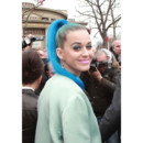 Katy Perry Fashion Week Queue de cheval bleue Paris