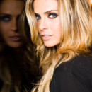 Clara Morgane swingue en sortant un album jazz