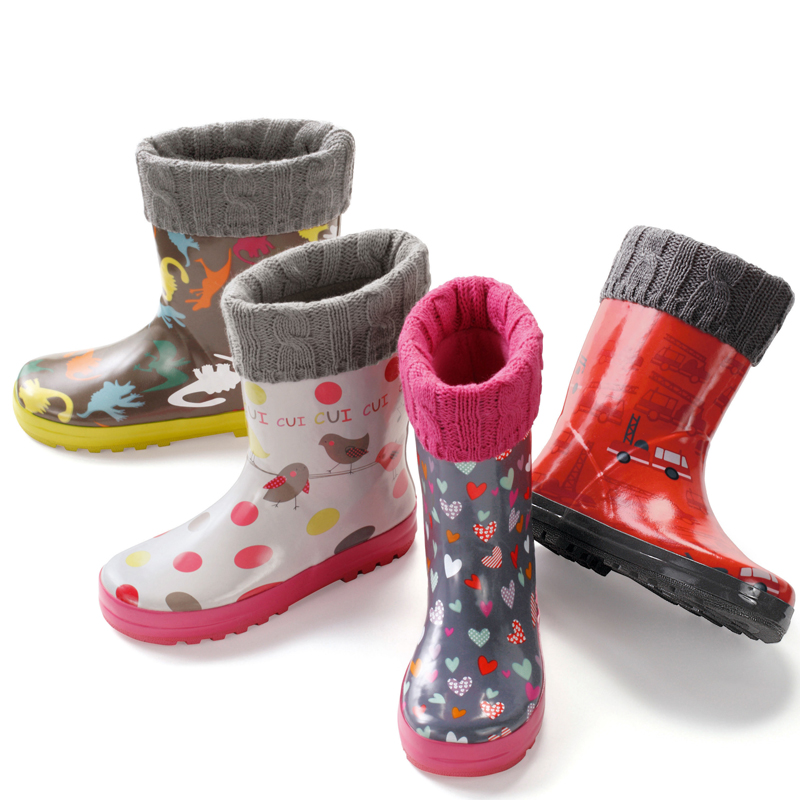 chaussures enfant notre s lection de bottes de pluie pour filles et gar ons bottes de pluie. Black Bedroom Furniture Sets. Home Design Ideas