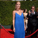 Heidi Klum en robe bleue aux Creative Arts Emmy Awards à Los Angeles le 16 août 2014