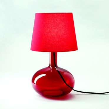 Lampe de table rouge Ikea 29 euros
