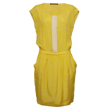 La robe girly lemon Comptoir des Cotonniers 125 euros