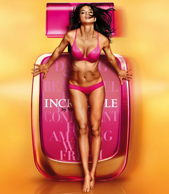 Adriana Lima et le parfum Incredible de Victoria's Secret