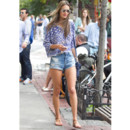 Alessandra Ambrosio street style septembre 2013