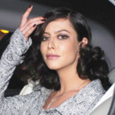 Anna Mouglalis et son brushing bouclé hollywoodien en 2004