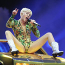Miley Cyrus lors de son concert au Staple Center de Los Angeles le samedi 22 février 2014.