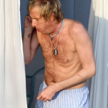 people : Rhys Ifans