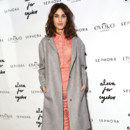 Look du jour : Alexa Chung et son look pastel chic à New York
