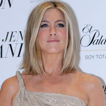 Jennifer Aniston et son parfum Lolavie