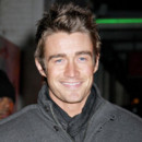 Frères Scott : Robert Buckley prend la place de Brian Austin Green