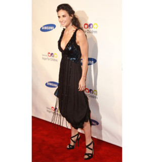 Demi Moore en Louis Vuitton Samsung Hope for Children Gala