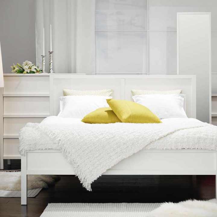 ikea 2010 d couvrez vite la nouvelle collection ikea la chambre blanche d co. Black Bedroom Furniture Sets. Home Design Ideas