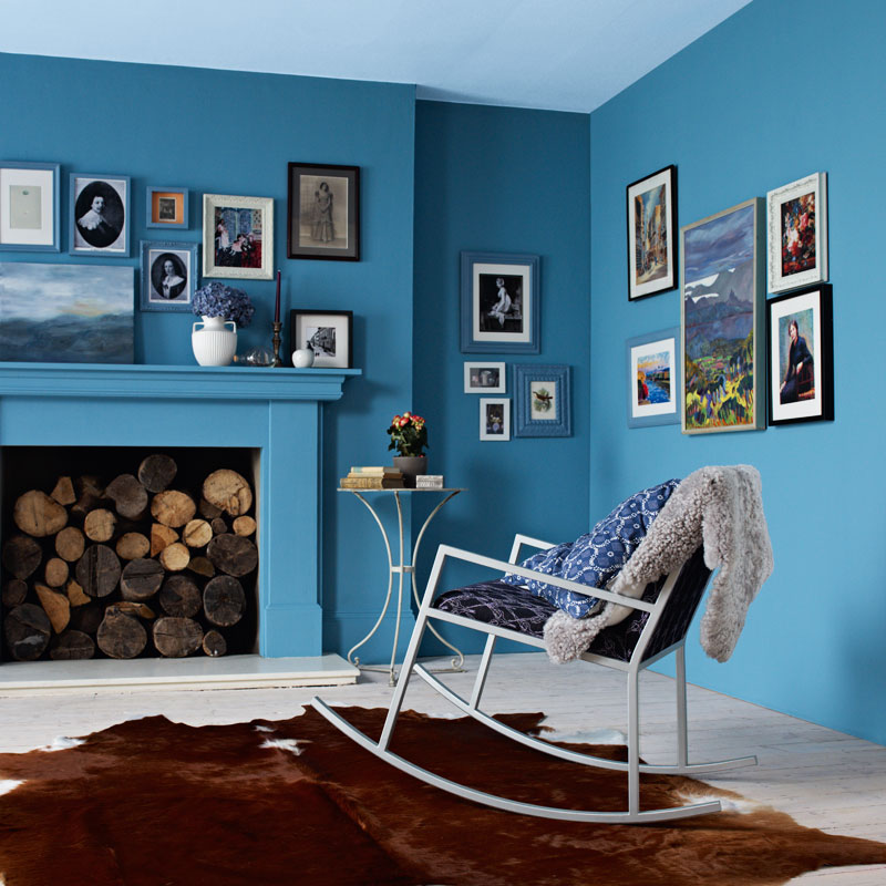 peinture les 50 couleurs vives la mode en 2012 une harmonie de bleus d co. Black Bedroom Furniture Sets. Home Design Ideas