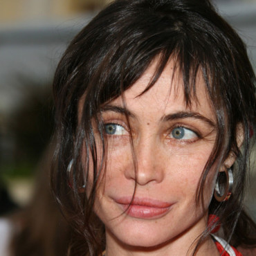 people : Emmanuelle Béart