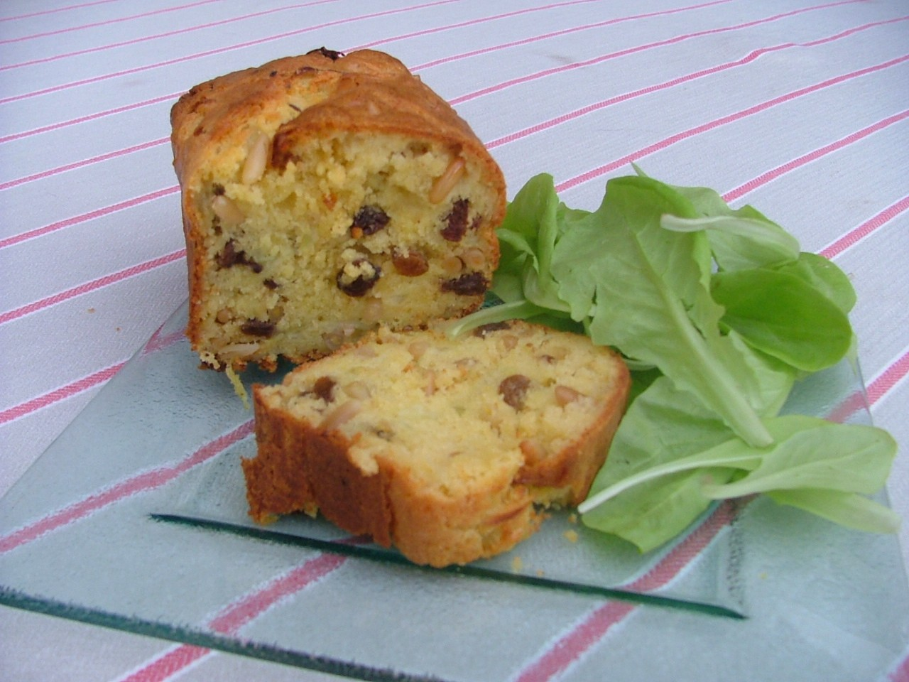 Gateau a base de raisin sec