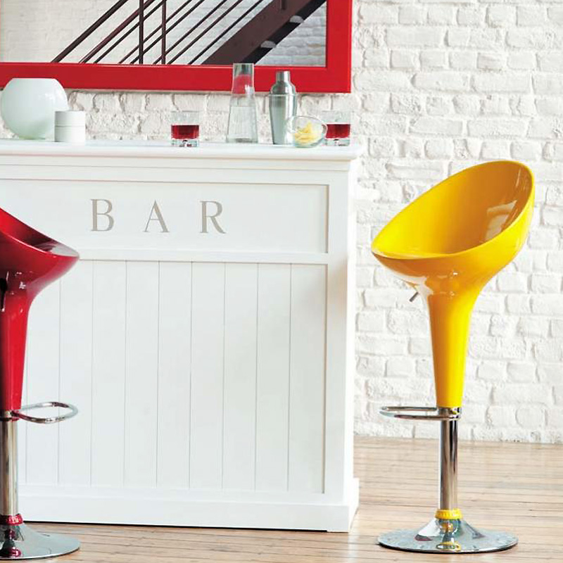 d co de p ques la d co voit jaune jaune jaune mon tabouret de bar seventies d co. Black Bedroom Furniture Sets. Home Design Ideas