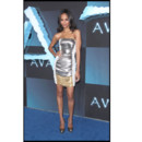 Toutes en Versace - Zoé Saldana à l'avant-première de Avatar