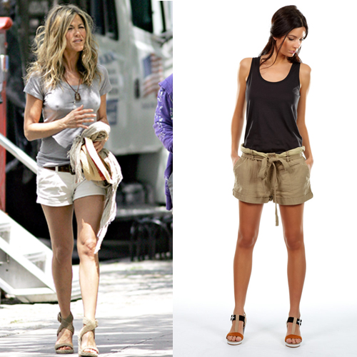 Jennifer Aniston et le short en en ville 500