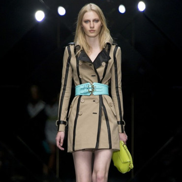 Burberry trench été 2011
