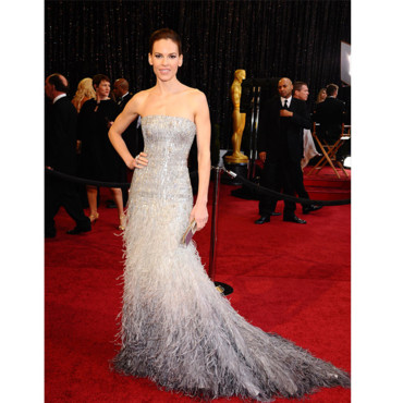 06. Ready to be Fashion? Oscars-2011-hilary-swank-10411706fzrun_2041