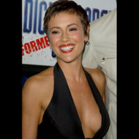 Photo : Alyssa Milano version garçonne