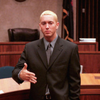 Photo : Eminem devant la Cour