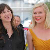 Cannes 2011 : Kirsten Dunst et Charlotte Gainsbourg illuminent la Croisette