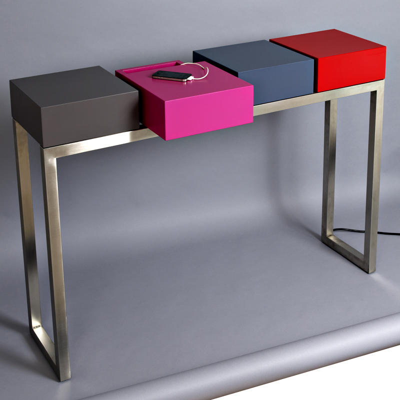 les pieds sur la table du mobilier high tech pour votre ado tendances d co d co. Black Bedroom Furniture Sets. Home Design Ideas