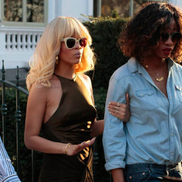 Rihanna à Londres pour présentation Battleship Galactica coloration blonde brushing Dallas